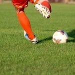 Comment s'équiper correctement pour jouer au foot ?